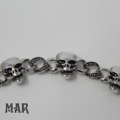 Totenkopfarmband